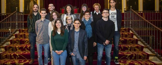 """La Universitat de Valencia lliura i presenta les obres dels Premis Universitat de Valencia d'Escriptura de Creació al Centre Cultural La Nau. A l'acte es […]<!-- AddThis Sharing Buttons below -->                 <div class=""""addthis_toolbox addthis_default_style addthis_"""" addthis:url='http://dinamitzacio.blogs.uv.es/2015/12/18/lliurament-i-presentacio-de-les-obres-dels-premis-universitat-de-valencia-descriptura-de-creacio/'  >                     <a class=""""addthis_button_preferred_1""""></a>                     <a class=""""addthis_button_preferred_2""""></a>                     <a class=""""addthis_button_preferred_3""""></a>                     <a class=""""addthis_button_preferred_4""""></a>                     <a class=""""addthis_button_compact""""></a>                     <a class=""""addthis_counter addthis_bubble_style""""></a>                 </div>"""