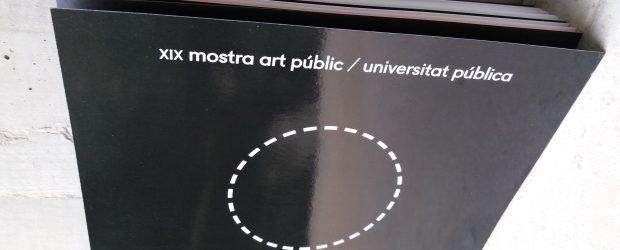 """Si divendres 3 de març no vas poder acudir a la presentació del catàleg de la XIX Mostra art públic / universitat pública, pots veure […]<!-- AddThis Sharing Buttons below -->                 <div class=""""addthis_toolbox addthis_default_style addthis_"""" addthis:url='http://dinamitzacio.blogs.uv.es/2017/03/13/cataleg-de-la-xix-mostra-art-publicuniversitat-publica-on-line/'  >                     <a class=""""addthis_button_preferred_1""""></a>                     <a class=""""addthis_button_preferred_2""""></a>                     <a class=""""addthis_button_preferred_3""""></a>                     <a class=""""addthis_button_preferred_4""""></a>                     <a class=""""addthis_button_compact""""></a>                     <a class=""""addthis_counter addthis_bubble_style""""></a>                 </div>"""